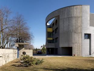 """Z biblioteki """"A-m"""": Dom w Lublinie"""