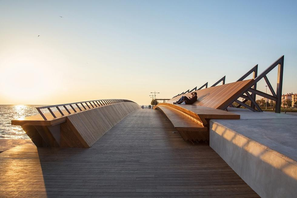 Bostanli Sunset Lounge - fot. ZM Yasa Architecture (7)